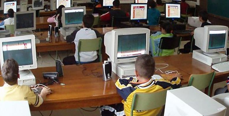 mantenimiento de ordenadores en el aula