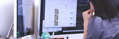 Usos del ordenador de dos pantallas ¿Ventajas o inconvenientes?