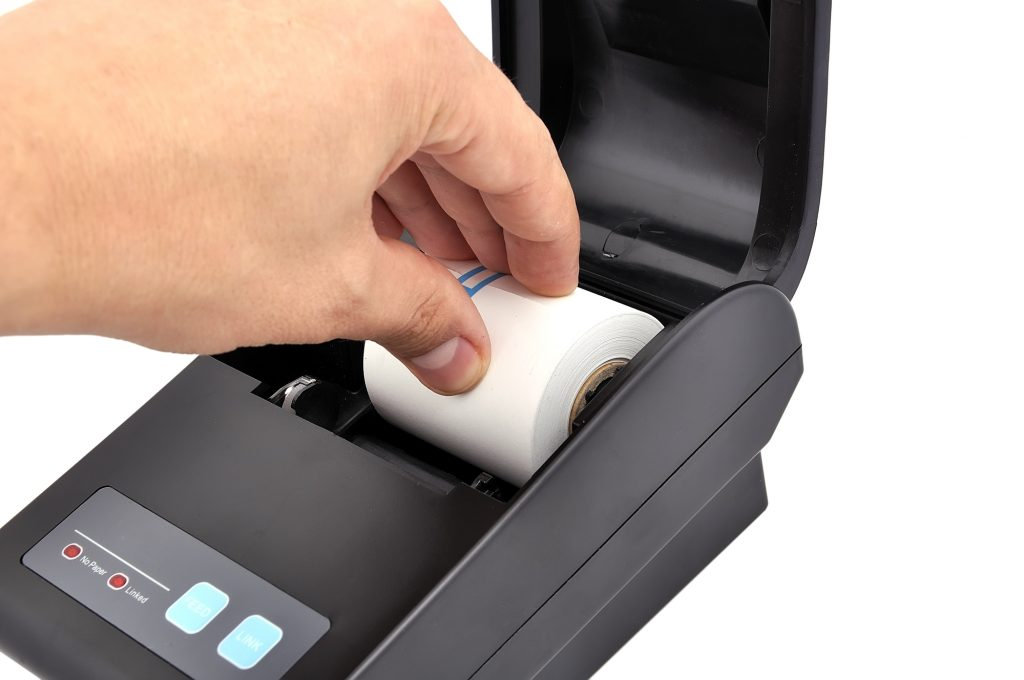 Cambio de papel en impresora térmica